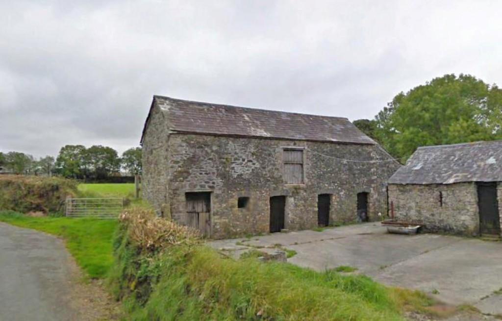 Dingle barns